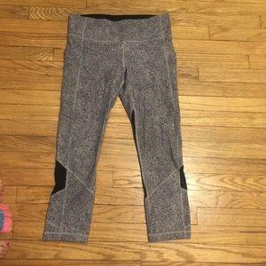 Lululemon patterned workout pants - sz 6